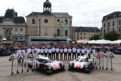 №1 Porsche Team, Porsche 919 Hybrid: Андре Лоттерер, Ник Тэнди, Нил Джани; №2 Porsche Team, Porsche
