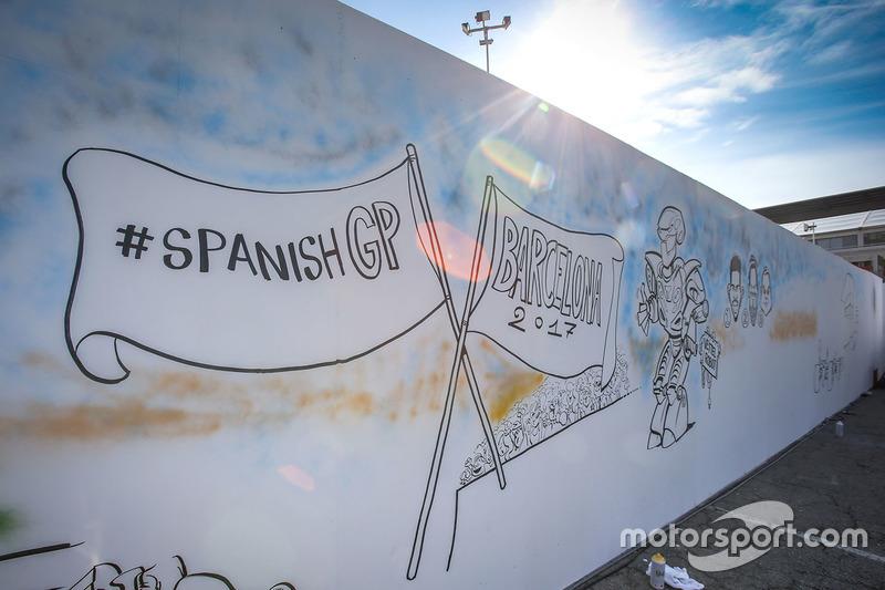 Gran Premio de España: más pintadas