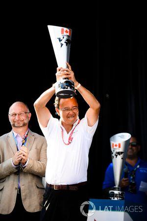 Ivan Yim, manager général de Techeetah, sur le podium