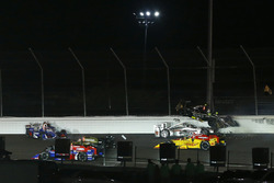 Ed Carpenter, Ed Carpenter Racing Chevrolet, Will Power, Team Penske Chevrolet crash in turn two at