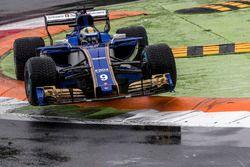 Marcus Ericsson, Sauber C36 monte sur un vibreur