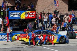 David Ragan, Front Row Motorsports Ford pit stop