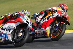 Марк Маркес, Repsol Honda Team, и Андреа Янноне, Ducati Team