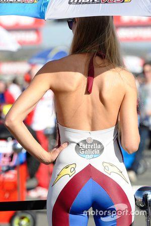 Chica Estrella Galicia 0,0 Marc VDS