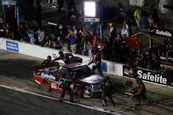 Ben Rhodes, ThorSport Racing Toyota, pit stop
