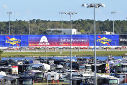 Brad Keselowski, Team Penske Ford, Ryan Reed, Roush Fenway Racing Ford, Sunoco signage