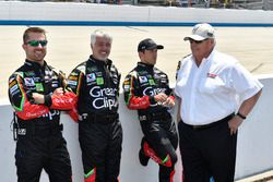 Kasey Kahne, Hendrick Motorsports Chevrolet crew, Rick Hendrick
