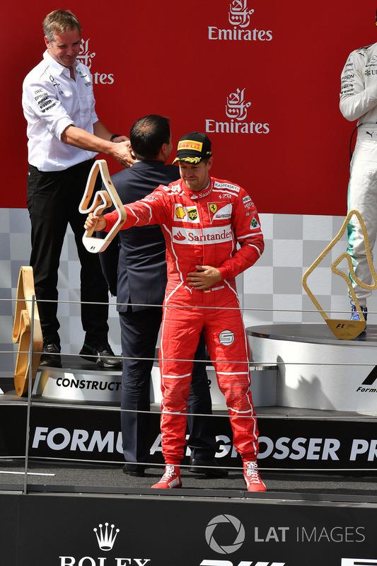 Sebastian Vettel, Ferrari festeggia sul podio
