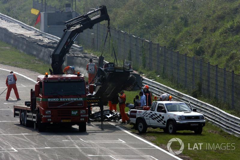 Coche dañado de Peter Dumbreck, OPC Phoenix Opel Vectra GTS