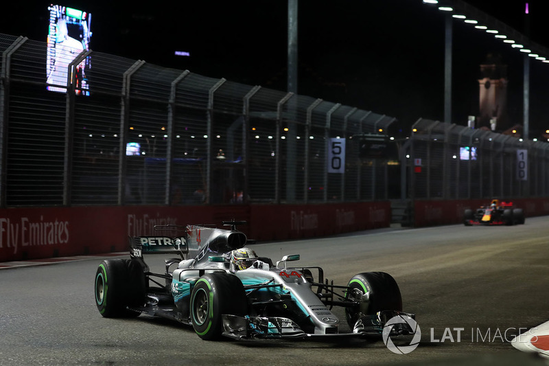 Lewis Hamilton, Mercedes AMG F1 F1 W08 al comando