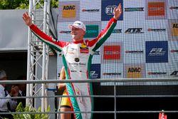 ganador, Maximilian Günther, Prema Powerteam Dallara F317 - Mercedes-Benz