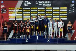 P2 Podium: race winners #32 United Autosports, Ligier JSP217 - Gibson: William Owen, Hugo de Sadelee