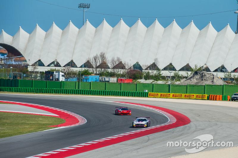 #70 Kornely Racing, Mercedes-AMG GT3: Yoshi Mori, Kenneth Heyer