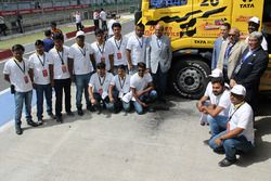 Tata T1 Prima group photo