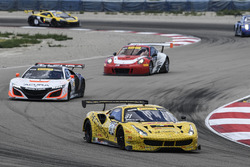 #31 TR3 Racing Ferrari 488 GT3: Daniel Mancinelli, Niccolo Schiro, #43 RealTime Racing Acura NSX GT3