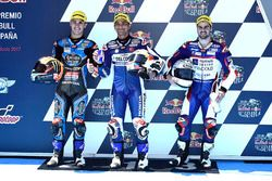Polesitter Jorge Martin, Del Conca Gresini Racing Moto3, tweede plaats Aron Canet, Estrella Galicia