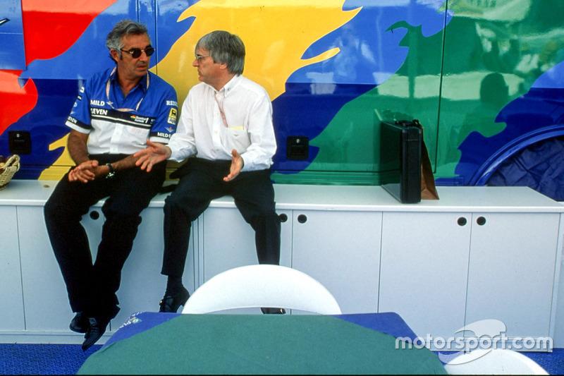 Bernie Ecclestone és Flavio Briatore (Benetton)