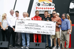 Sébastien Bourdais, Dale Coyne Racing Honda ve Patrick Long, Johns Hopkins All Children's Hospital'