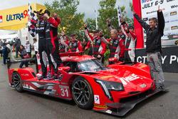 Yarış galibi #31 Action Express Racing Cadillac DPi: Eric Curran, Dane Cameron