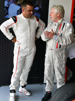 Zsolt Baumgartner, F1 Experiences 2-Seater driver and Kevin Eason, F1 Experiences 2-Seater passenger