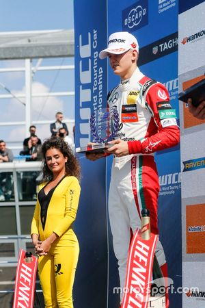 Rookie-Podium: 2. Mick Schumacher, Prema Powerteam, Dallara F317 - Mercedes-Benz