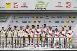 Подиум: победители №29 Audi Sport Team Land-Motorsport, Audi R8 LMS: Кристофер Мис, Коннор де Филипп