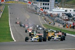 Start: Nelson Piquet, Williams FW11B Honda; Nigel Mansell, Williams FW11B Honda; Ayrton Senna, Lotus