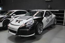 Ayhancan Güven'in 2017 başında kullandığı Porsche 911 GT3 Cup, Toksport WRT