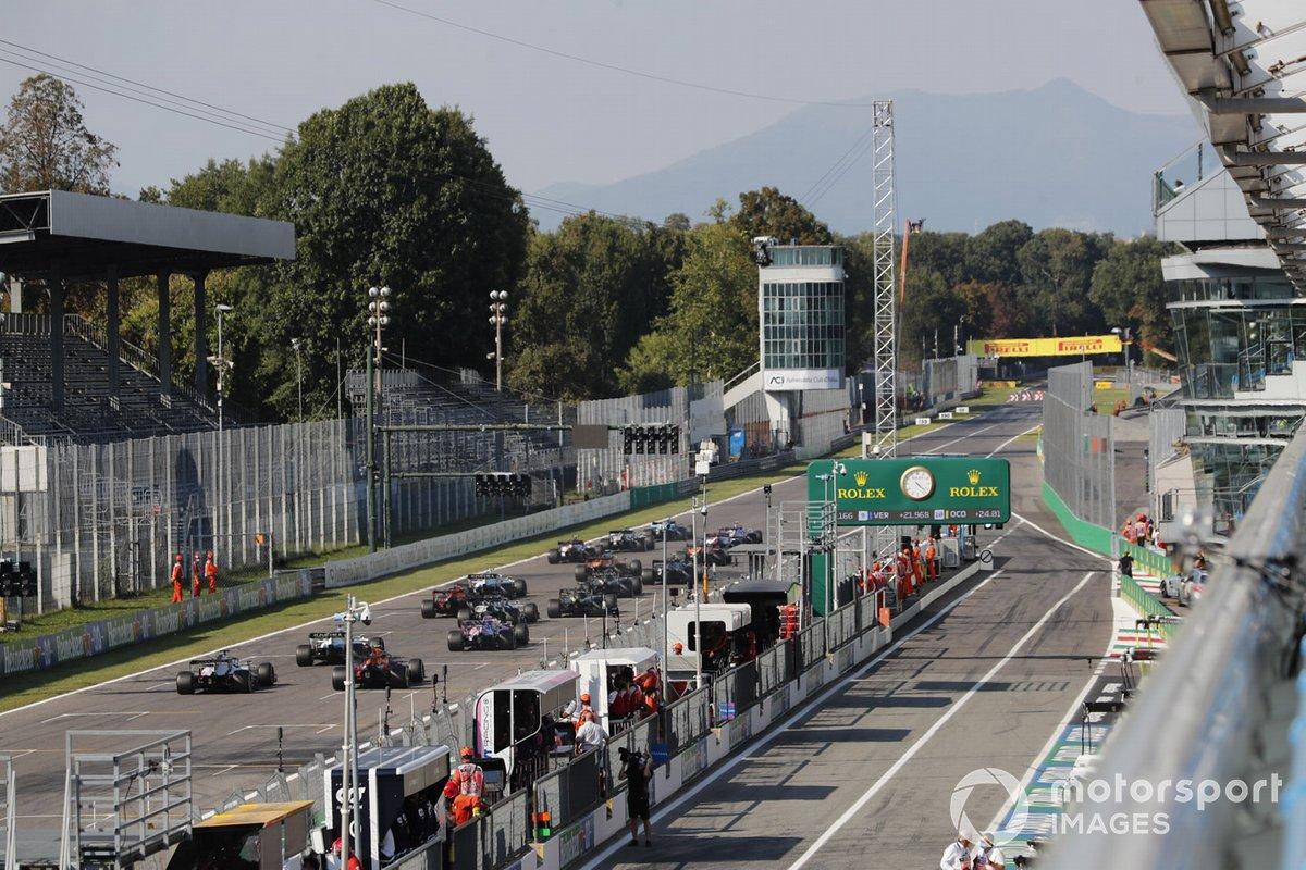 Race restart on the grid