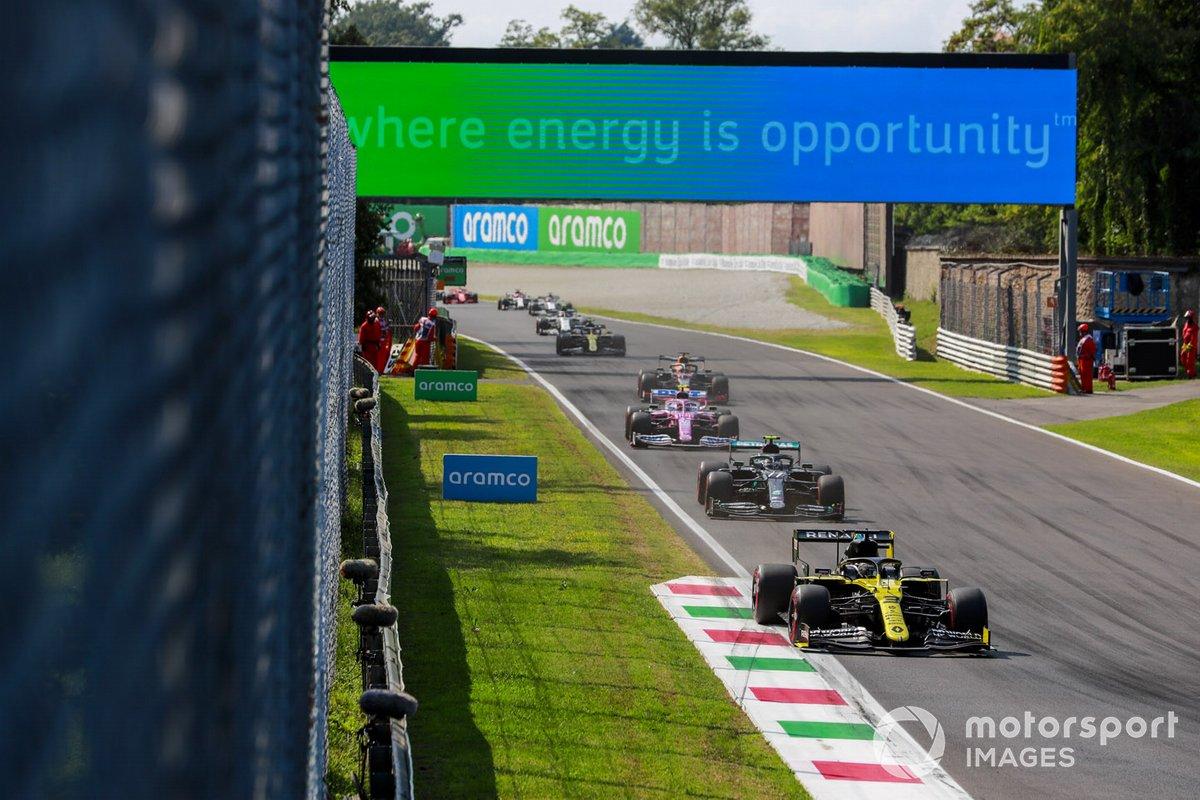 Daniel Ricciardo, Renault F1 Team R.S.20, Valtteri Bottas, Mercedes F1 W11, Lance Stroll, Racing Point RP20, Max Verstappen, Red Bull Racing RB16, Esteban Ocon, Renault F1 Team R.S.20