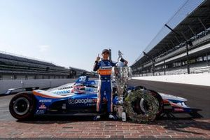 Takuma Sato, Rahal Letterman Lanigan Racing Honda poses for photos