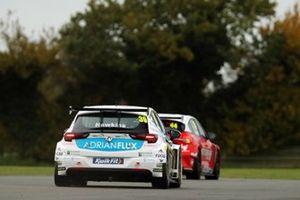Jessica Hawkins, Power Maxed Racing Vauxhall Astra