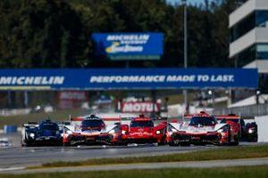 Start zum Petit Le Mans der IMSA-Saison 2020 auf der Rennstrecke Road Atlanta: #6 Acura Team Penske Acura DPi, DPi: Juan Pablo Montoya, Dane Cameron, Simon Pagenaud, führt