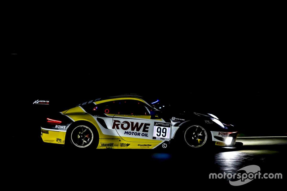 #99 ROWE Racing Porsche 911 GT3-R: Dirk Werner, Julien Andlauer, Klaus Bachler