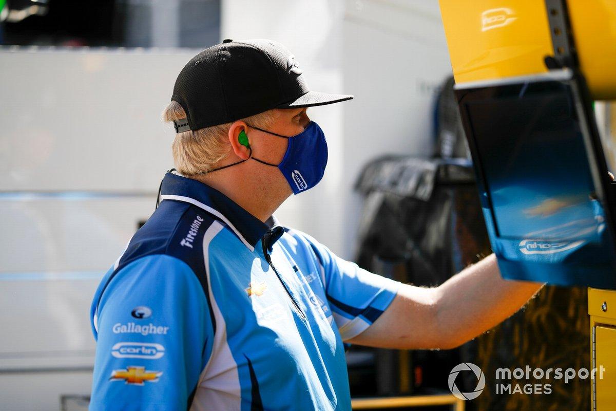 Max Chilton, Carlin Chevrolet, crew member