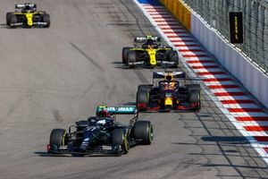 Valtteri Bottas, Mercedes F1 W11, Max Verstappen, Red Bull Racing RB16, Esteban Ocon, Renault F1 Team R.S.20, and Daniel Ricciardo, Renault F1 Team R.S.20
