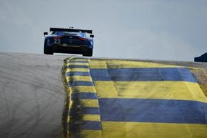 #23 Heart Of Racing Team Aston Martin Vantage GT3, GTD: Roman De Angelis, Ian James, Darren Turner
