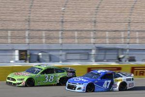 #38: John H. Nemechek, Front Row Motorsports, Ford Mustang Speedy Cash #47: Ricky Stenhouse Jr., JTG Daugherty Racing, Chevrolet Camaro Kroger