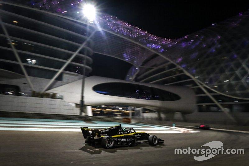 Etapa teve a primeira corrida noturna da história da categoria