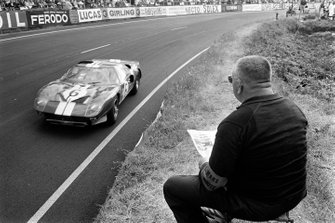 Herbert Muller, Ronnie Bucknum, Scuderia Filipinetti, alla 24 ore di Le Mans della 1965