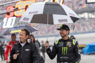 Kurt Busch, Chip Ganassi Racing, Chevrolet Camaro Monster Energy retraso por lluvia