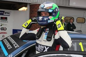 Pole sitter Colin Turkington, WSR BMW