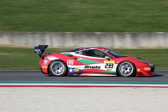 #233 Ferrari 488 Challenge, The Collection: Benjamin Hites