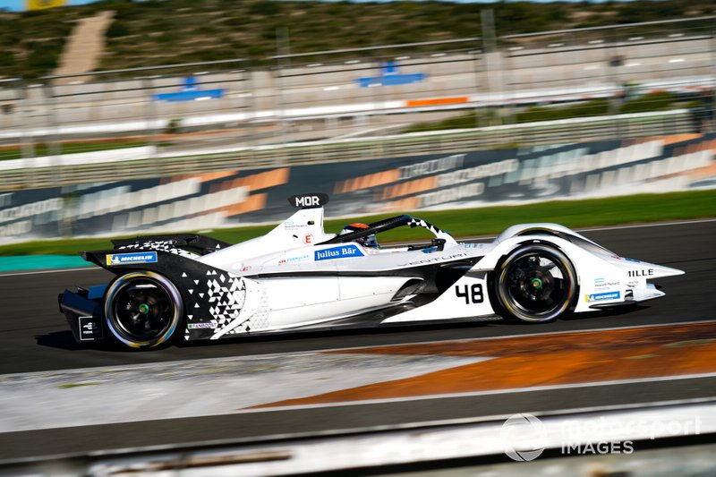 18º Edoardo Mortara Venturi, EQ Silver Arrow 01 (1:15.684)
