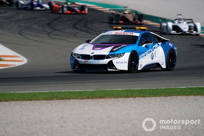 BMW i8 Safety car the field