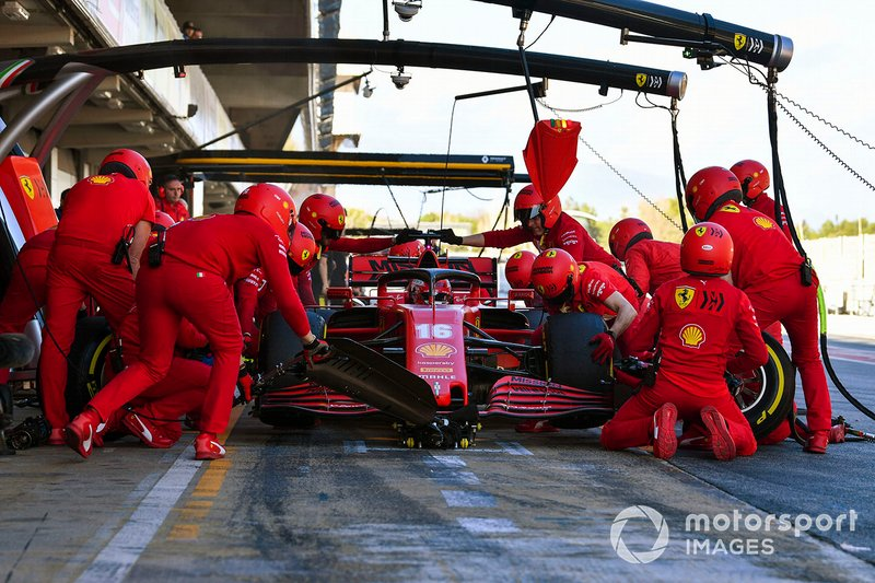 Charles Leclerc, Ferrari SF1000, fa un pit stop