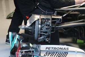 Mercedes AMG F1 W11 crossover