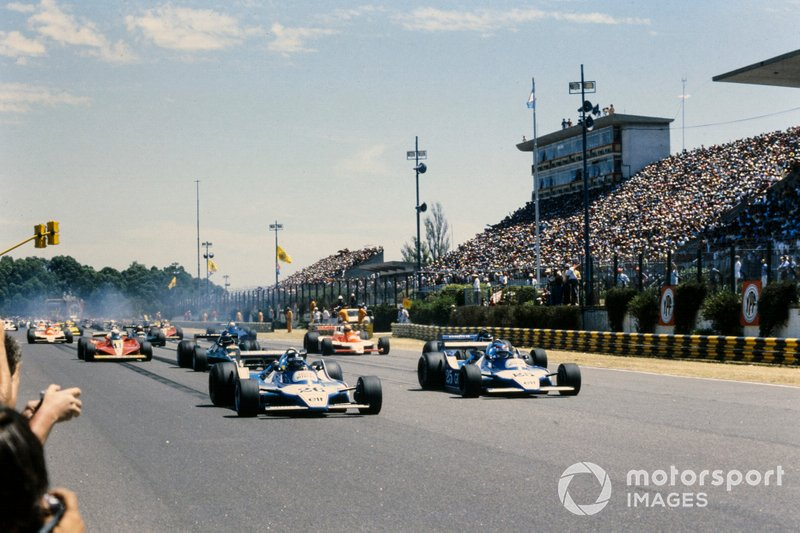 Partenza, Jacques Laffite, Ligier JS11 Ford in testa al GP d'Argentina del 1979