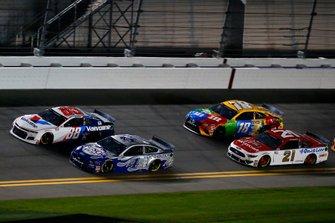 Alex Bowman, Hendrick Motorsports, Chevrolet Camaro Valvoline, Kevin Harvick, Stewart-Haas Racing, Ford Mustang Busch Light #PIT4BUSCH