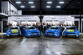 Il team Lynk & Co Cyan Racing festeggia il Mondiale
